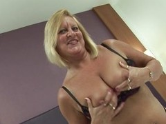Watch this bbw lady Bee concerning the brush bed, doing nasty solo and playing with intimate area! She is all stripped and showing the brush big bumpers like a harmful whore. She shows the brush hard nipples, squeezing them and keeps fingering the brush m
