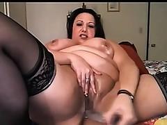 Oiled big chick hooker bates on cam Hilma from 1fuckdatecom