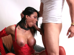 Tanned Italian shemale Marina getting a oral-stimulation